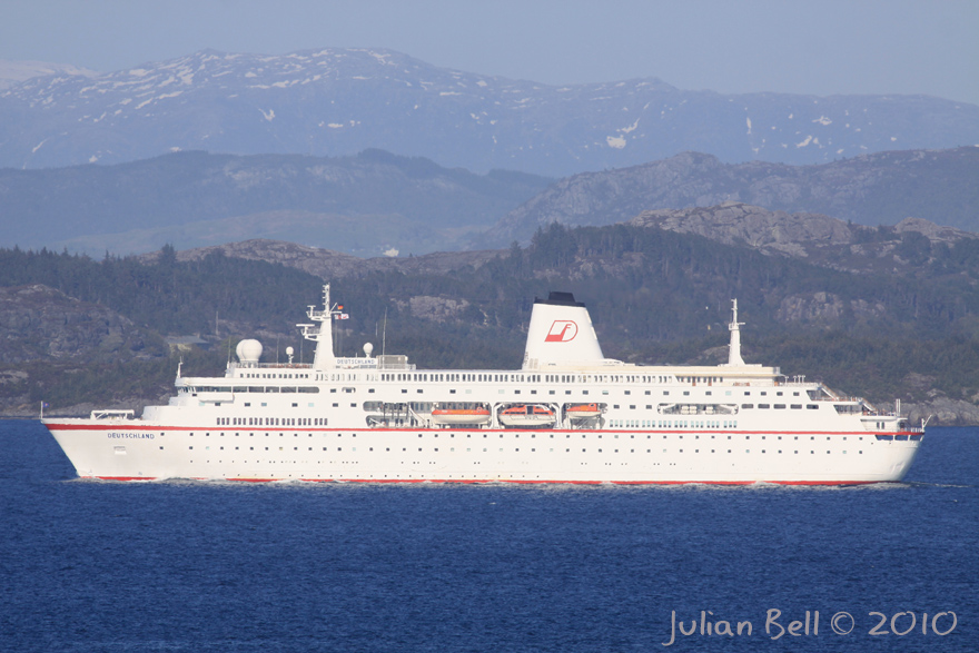 Pictures Of Cruise Ships And Offshore Vessels